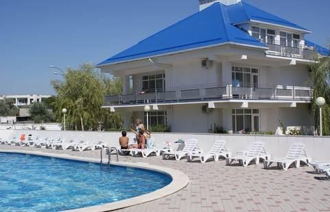 Отель Ява