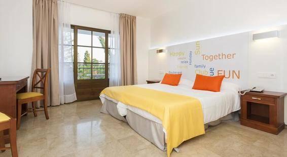 Globales Cortijo Blanco Hotel