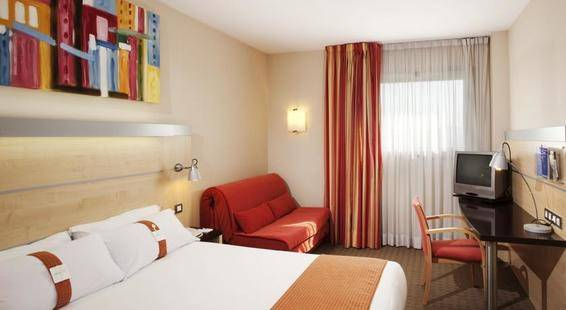 Holiday Inn Express Montmelo Hotel