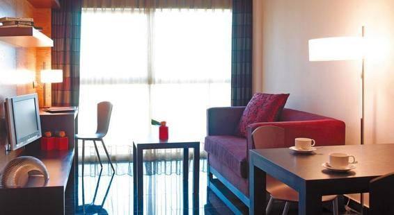 Hesperia Fira Suites Hotel