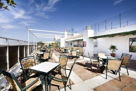 Monarque El Rodeo Hotel
