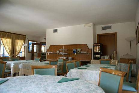 Enrosadira Hotel