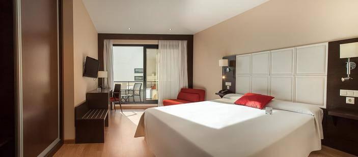RH Don Carlos Hotel