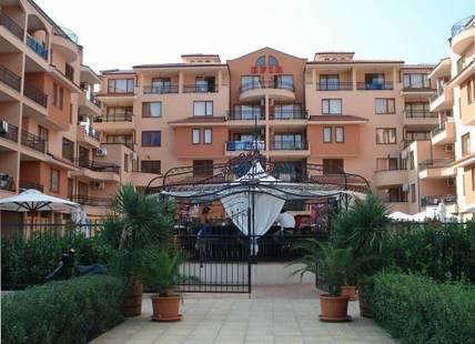 Efir Apartment