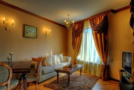 Iva & Elena Hotel