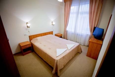 Отель Эдем
