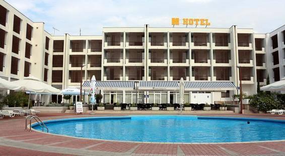 Kolovare Hotel