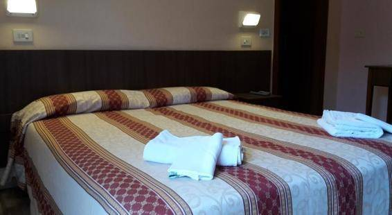 Annetta Hotel