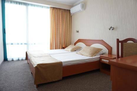 Zefir Beach Hotel