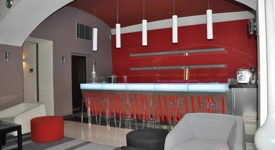 Red & Blue Design Hotel