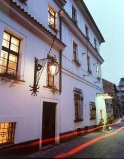 Kampa Stara Zbrojnice Hotel