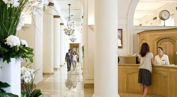 Intercontinental Carlton Hotel