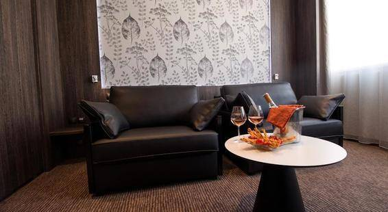 Patio Des Artistes Hotel