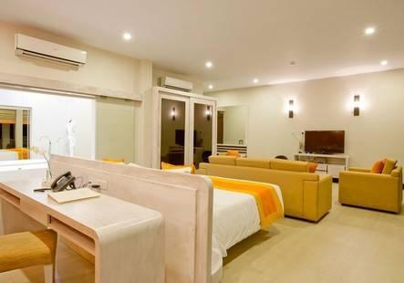 Sinagawa Beach Hotel