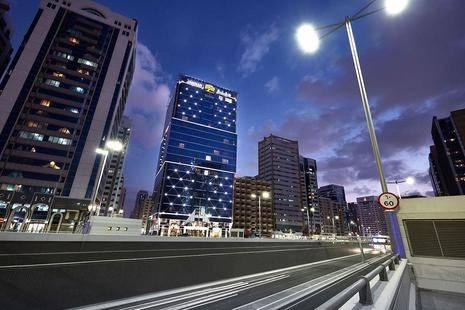 Jannah Burj Al Sarab Hotel