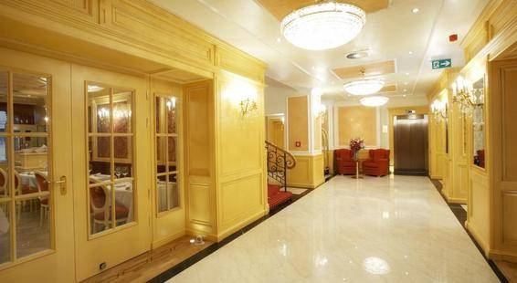 Best Western Premier Hotel Royal Palace