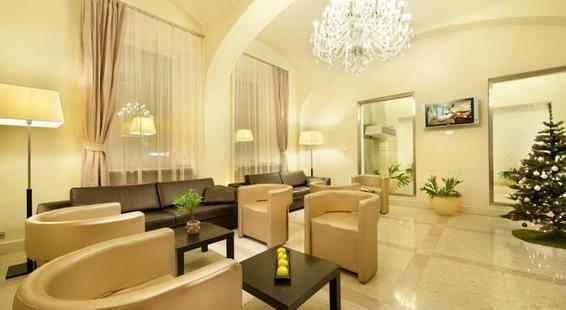 Sovereign Hotel