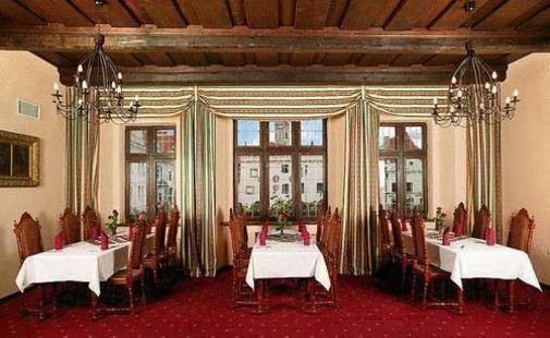 Zlaty Andel Hotel
