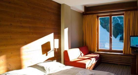 Adam Hotel