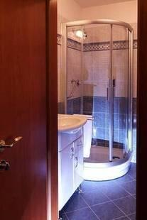 Modra Ruze Hotel