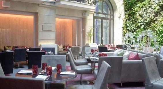 Pershing Hall Hotel