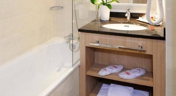 Residhome Appart Hotel Berges De La Loire