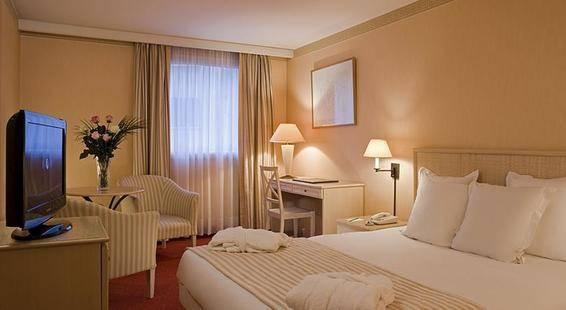 Auteuil Tour Eiffe Hotel