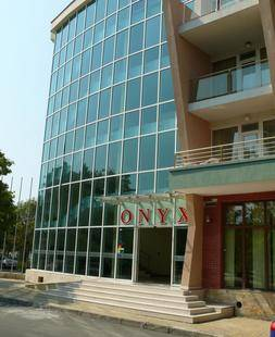 Onyx Hotel