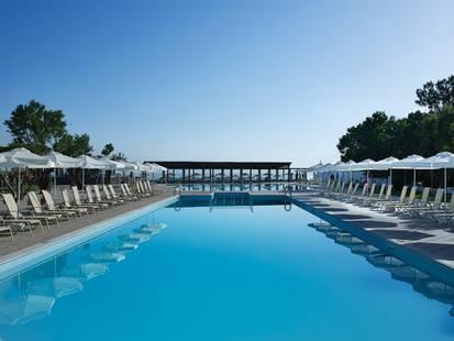 Atlantica Akti Zeus Hotel