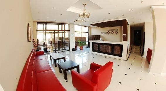 Macon Residence