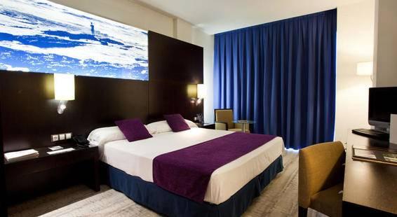 Vincci Maritimo Hotel