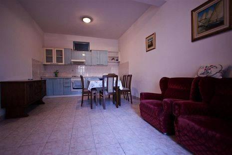 Apartments Bakoc