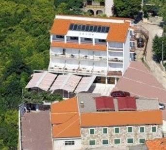 Villa D'Vine