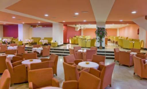 Cimbel Hotel
