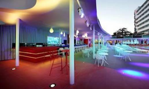 Ushuaia Ibiza Beach Hotel (Adults Only 18+)