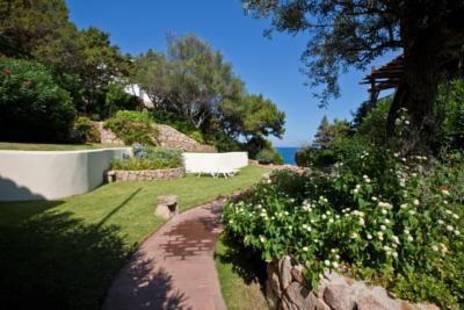 Club Baja Sardinia Hotel