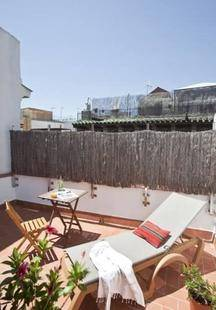 Ainb Las Ramblas-Ample Apartments