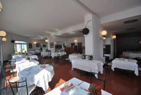 El Chico Hotel