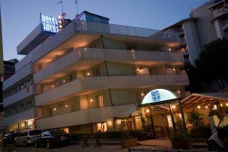 Salus Hotel