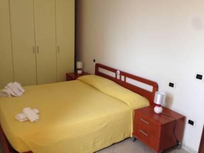 Residence Yellow