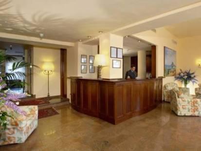 Isabella Hotel