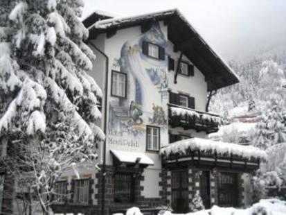 Monti Pallidi Hotel