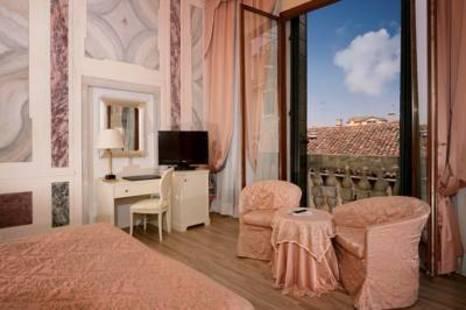 Duodo Palace Hotel