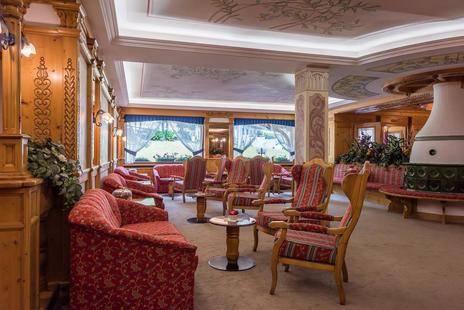 St. Raphael Hotel