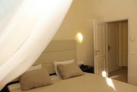 Trevi Hotel (Ex.San Marco Trevi)