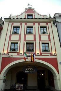 Zlaty Kohout Hotel
