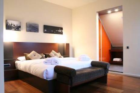 987 Design Prague Hotel