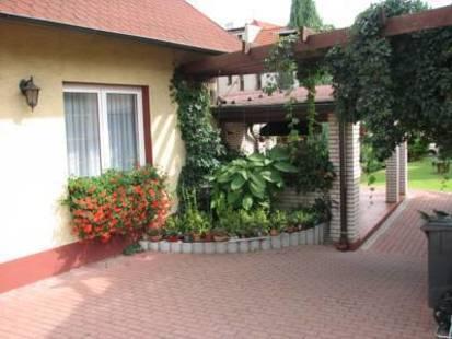 Elizza Hotel