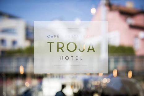 Troja Hotel
