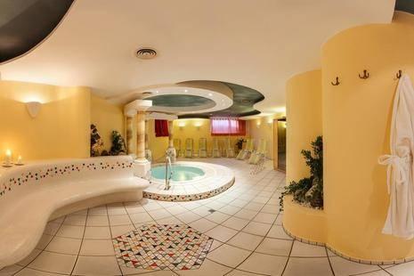 Erhart Hotel
